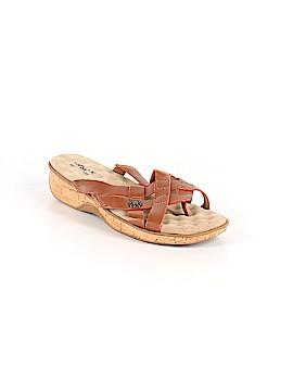 Soft Walk Sandals Size 8 1/2