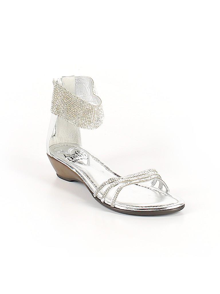 f42ecc50d49b Love   Liberty Metallic Gray Sandals Size 38 (EU) - 78% off
