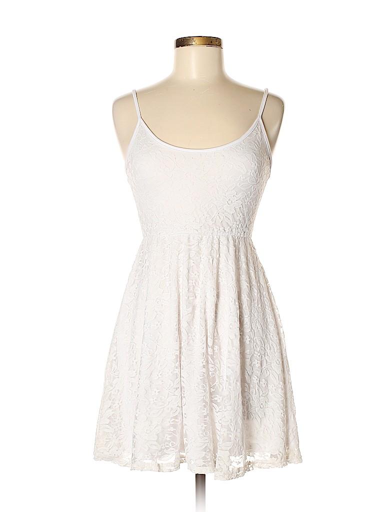 5defe882e7e rue21 Lace White Casual Dress Size M - 70% off