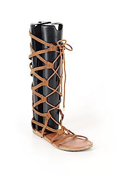 Justice Sandals Size 6