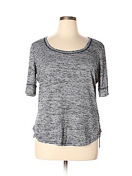 Athleta Short Sleeve T-Shirt Size XL