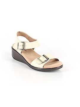 Trotters Sandals Size 7