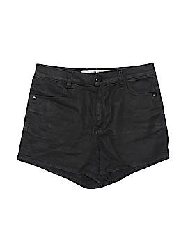 Melville Faux Leather Shorts Size 40 (EU)