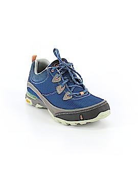 Vibram Sneakers Size 7 1/2