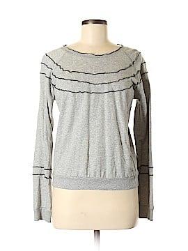 Romeo & Juliet Couture Sweatshirt Size M