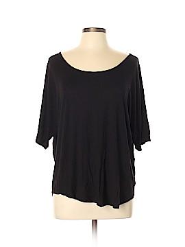Venus Short Sleeve T-Shirt Size L