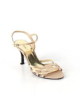 Jacqueline Ferrar Heels Size 7