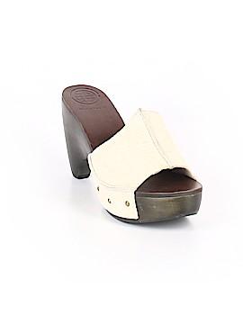 Max Studio Mule/Clog Size 7 1/2