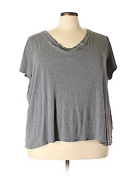Avenue Short Sleeve T-Shirt Size 30 - 32 Plus (Plus)