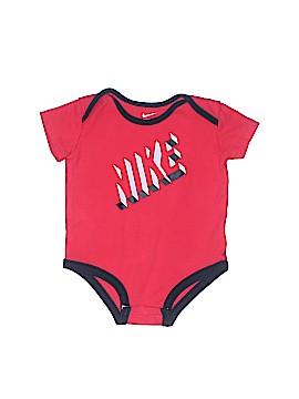 Nike Short Sleeve Onesie Size 3-6 mo