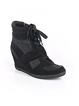 Simply Vera Vera Wang Boots Size 8
