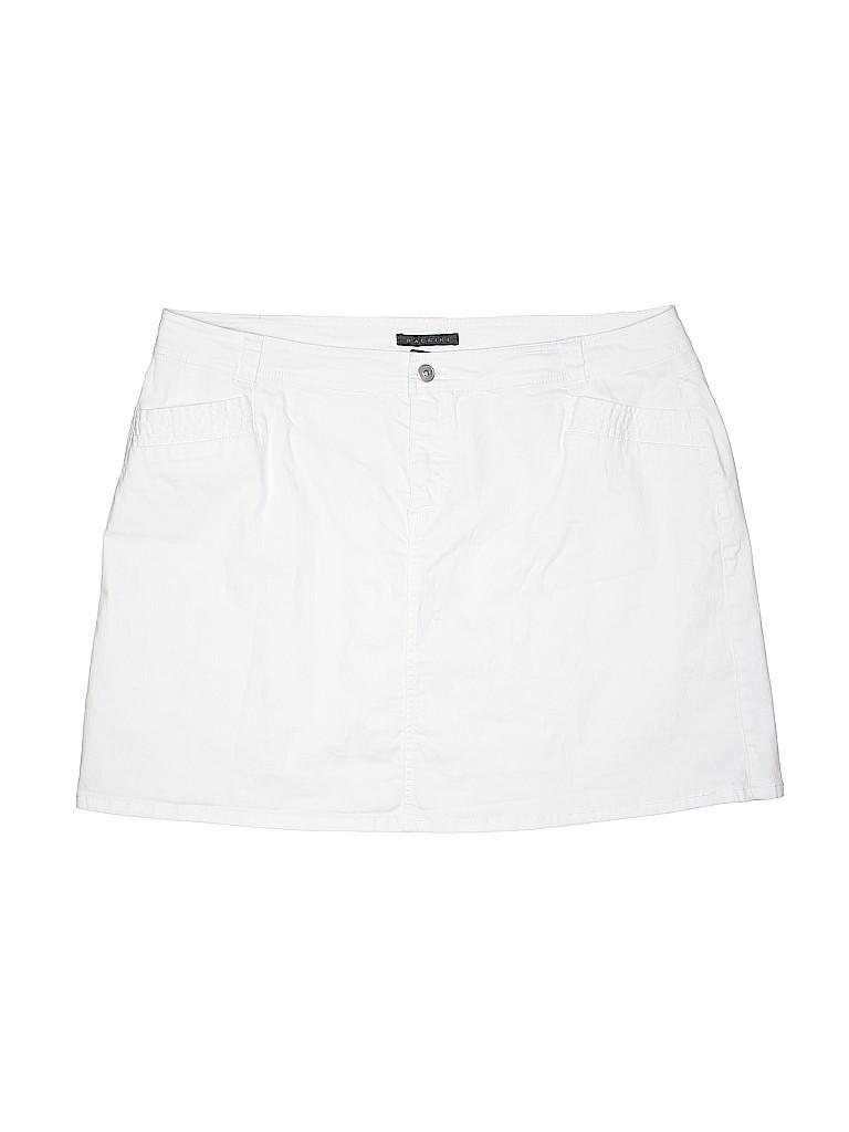 384d5f2d12dd6 Baccini Solid White Skort Size 22 (Plus) - 81% off