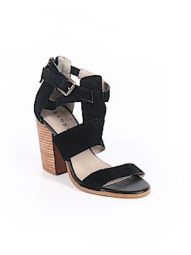 Hinge Heels Size 5 1/2