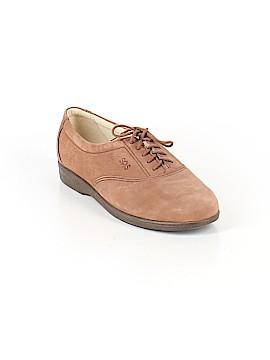 SAS Sneakers Size 7 1/2