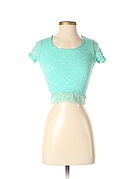 Delia's Short Sleeve Top Size XS