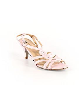 BOSTON DESIGN STUDIO Heels Size 8 1/2