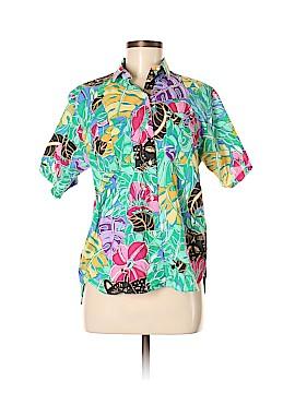 Van Heusen Short Sleeve Button-Down Shirt Size M