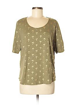 Chico's Short Sleeve T-Shirt Size Lg (2)