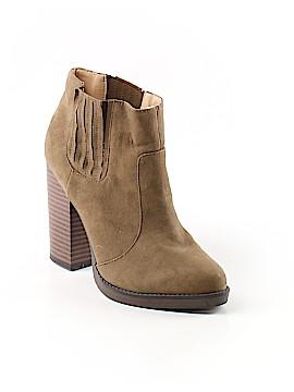 Trafaluc by Zara Ankle Boots Size 39 (EU)