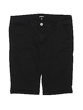 Southpole Khaki Shorts Size 13