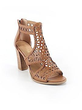 REPORT Heels Size 7 1/2