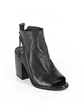 Dolce Vita Heels Size 9 1/2