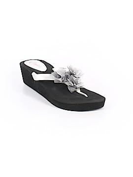 Candie's Flip Flops Size 11