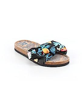 Muk Luks Sandals Size 7