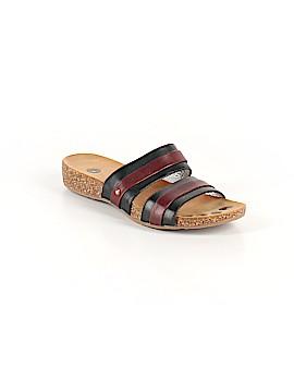 Juil Sandals Size 8