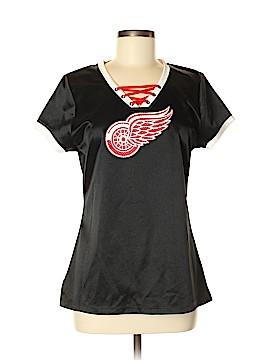 NHL Short Sleeve T-Shirt Size M