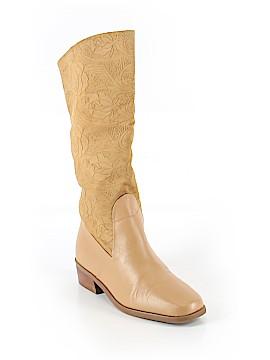 Markon Boots Size 6