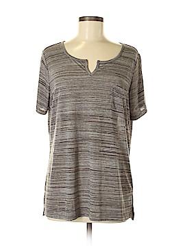 Lisa Rinna Short Sleeve T-Shirt Size M