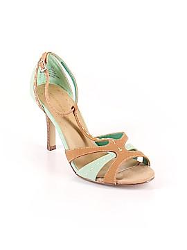 Hillard & Hanson Heels Size 7 1/2