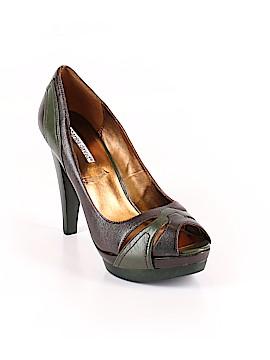 Charles David Heels Size 10