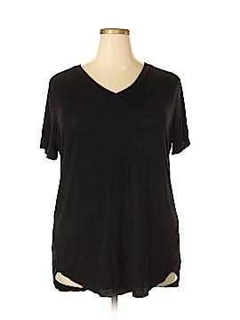 Amaryllis Short Sleeve T-Shirt Size 2X (Plus)
