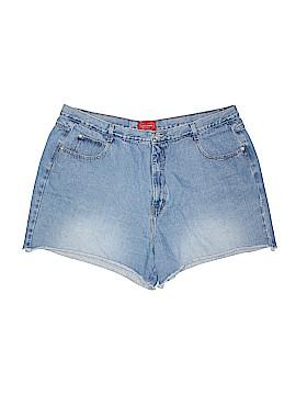 Venezia Cargo Shorts Size 26 (Plus)