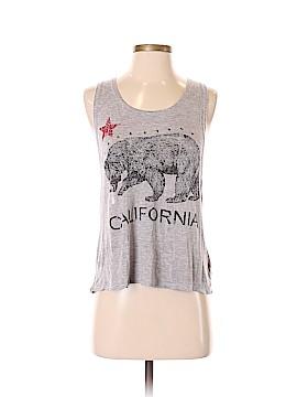The Clas-sic Sleeveless T-Shirt Size S