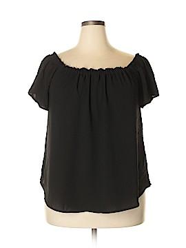 Charlotte Russe Short Sleeve Blouse Size 2X (Plus)