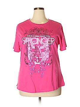 Kavio! Short Sleeve T-Shirt Size 2X (Plus)