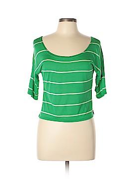 Cool Wear Short Sleeve T-Shirt Size L
