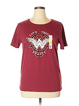 DC* Short Sleeve T-Shirt Size XL