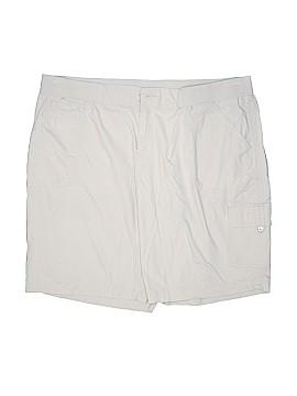 Avenue Cargo Shorts Size 22 (Plus)