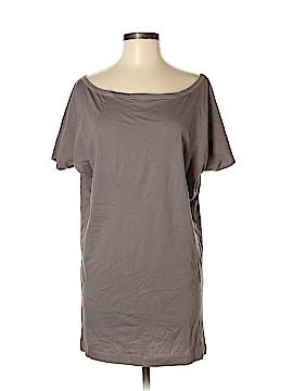VS Yoga Short Sleeve T-Shirt Size M
