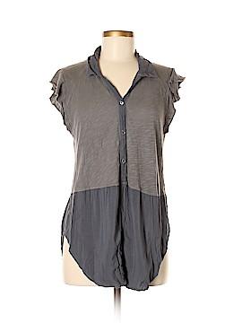 Left of Center Short Sleeve Button-Down Shirt Size M