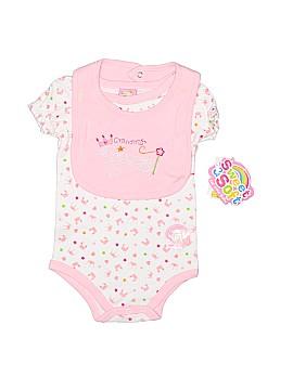 Sweet & Soft Short Sleeve Onesie Size 6-9 mo