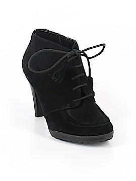 AK Anne Klein Ankle Boots Size 7