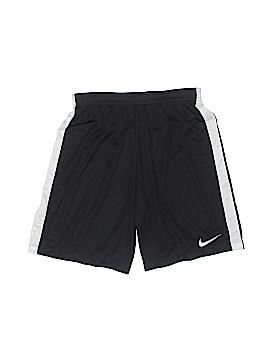 Nike Athletic Shorts Size X-Large (Youth)