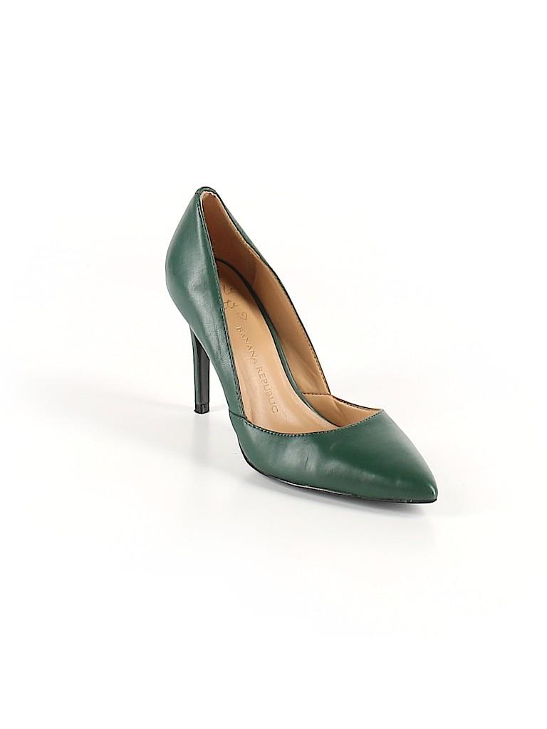 f660439bf7 Banana Republic Solid Dark Green Heels Size 7 - 76% off | thredUP