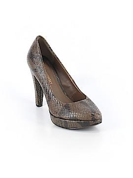 B Makowsky Heels Size 6 1/2