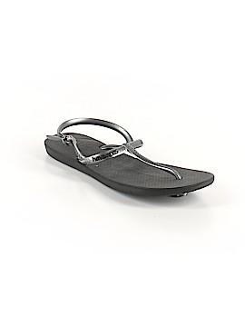 Havaianas Sandals Size 7 1/2 - 8 1/2